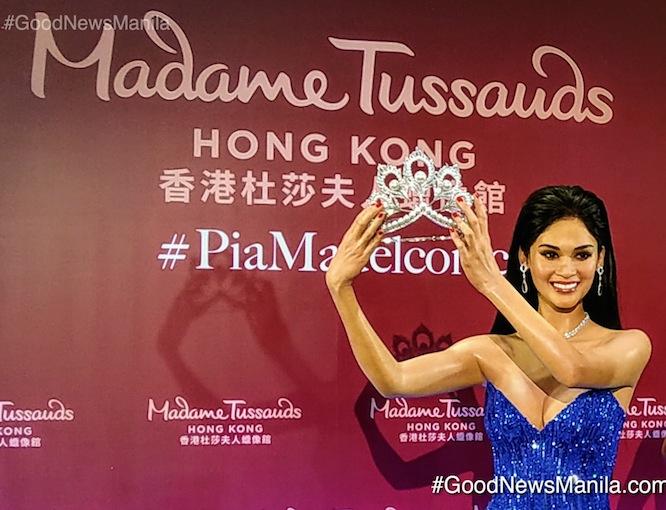 Miss Universe Pia Wurtzbach Makes History as 1st Filipino