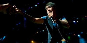 Arnel Pineda Hard Rock Cafe