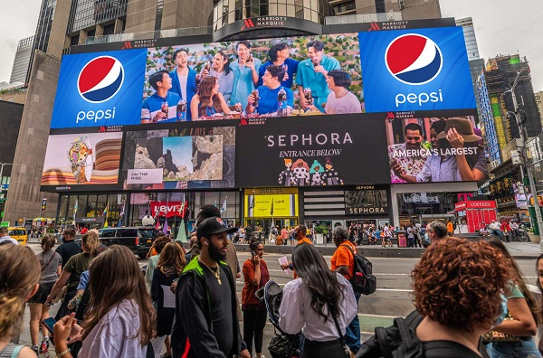 KathNiel & Local Celebs in New York and Los Angeles Streets for Pepsi